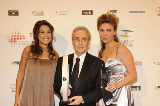 Mit Jose Carreras Foto: Brauer Photos